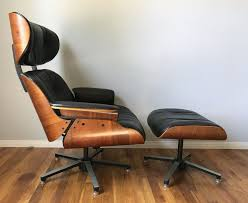 Vintage Finds | Fluxco Design Plycraft Lounge Chair Offeverydayclub Vintage Mr Chair Swivel For Plycraft In Walnut And Metal 1960 Signed After Eames Herman Miller Style Lounge Base House Examples Source Ottoman Excellent Cdition Mid Century Modern Small 1960s 1st Edition By George Mulhauser Ottoman 55 Off Chairs Eamesstyle Usafully Stored