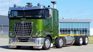 USA CLASSIC CABOVER - Cab Over Engine Semi Trucks - YouTube