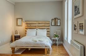 View In Gallery Small Eclectic Bedroom With A Minimal Vibe Design Le Blanc Home Staging Relooking