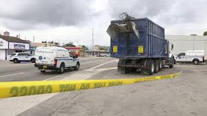 100 Garbage Truck Accident Pedestrian Struck And Killed By Garbage Truck In Miami