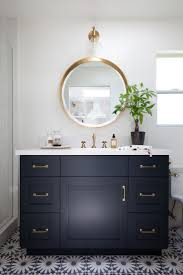 Bathroom Tilt Mirror Hardware by Best 25 Black Bathroom Mirrors Ideas On Pinterest Black