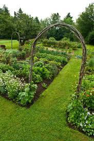 Trellis Over The Victory Garden Great Gardens Ideas