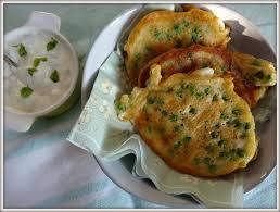 cuisine du soir rapide pancakes aux petits pois menthe et feta du coeur dans les épinards