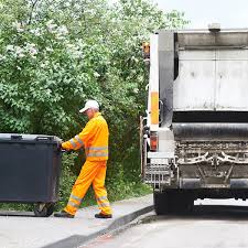24 Things Your Garbage Collector Wants You To Know | Reader's Digest
