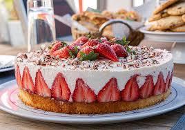erdbeer torte mit joghurtcreme