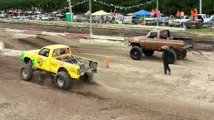 High Flying 4X4 Trucks At Bithlo Mud Racing By MuddFreak Mud Bogging ...