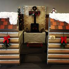 Cubicle Holiday Decorating Themes by 2013 Christmas Cubicle A Cozy And Rustic