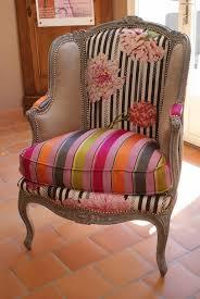 relooking fauteuil louis xv décoration d intérieur et peinture sur meuble à trets lydia russo