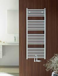 bad heizkörper handtuchtrockner heizung badezimmer heizkörper gebogen flach weiß