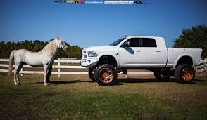 100 4x4 Truck Rims Lifted Ram 2500 On Rose Gold Wheels Meets A Horse Autoevolution