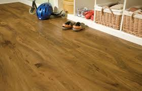 Trafficmaster Glueless Laminate Flooring Lakeshore Pecan by Solid Vinyl Plank Style Flooring Vs Laminate