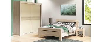 chambre chene blanchi lits lits chambre adulte lits 2 personnes meubles célio