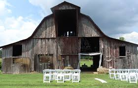 DIY Budget Wedding Reception Ideas - Simply Southern Mom 25 Cute Farm Wedding Ideas On Pinterest Country 23 Stunningly Beautiful Decor Ideas For The Most Breathtaking Diy Budget Wedding Reception Simply Southern Mom Chelsa Yoder Photography Vintage Barn Ceremony Chair Best Venues Yorkshire Decorations Wood Interior Balloons Balloon Venue Party Stunning Outdoor Locations Venue Bresmaid Drses Guide Pro Tips Venuelust
