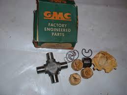 1967 68 69 70 71 72 73 75 78 Gmc Chevrolet Truck U Joint Nos Gm #2330781
