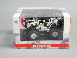 100 Monster Trucks Rc RC 143 Radio Control RC Micro Truck HUMMER W LED Lights