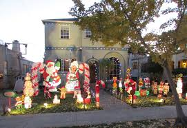 Christmas Tree Lane Alameda 2014 by Christmas Tree Lane Comes To Life U2013 The Oak Leaf