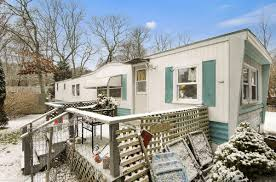 This Trailer Home In The Hamptons Wants 12 Million