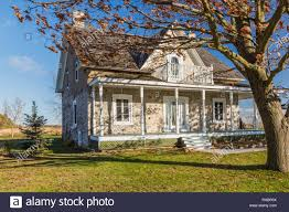 100 Fieldstone Houses Old 1820 Cottage Style Fieldstone House Facade With Beige Wood Plank