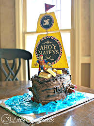 AMAZINGLY simple tutorial for How To Make A Pirate Ship Cake