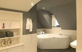 quelle peinture pour un plafond peindre plafond salle de bain salle de bains moderne avec meubles