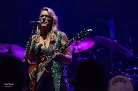 Tedeschi Trucks Band Tear Through The Fabulous Fox With Soulful ...