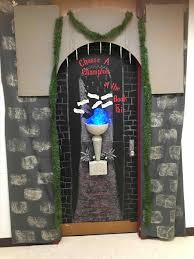 Pictures Of Holiday Door Decorating Contest Ideas by A Smith Of All Trades Office Decorations Office Christmas Door