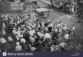Black And White Photograph Showing A Group Of Suffragists, Riding A ... Idricha 1918 Liberty Truck Youtube Romford Shopping Centre Christmas Stock Photos El Rancho Keep On Truckin Stop 1975 Motors Inc North Ia New Used Cars Trucks Sales 2019 Ram 1500 Big Horn Lone Star Crew Cab 4x4 57 Box In Stops Images Alamy Fdny Ten Truck As I Was Visiting The 911 Site Peered Flickr Mercury Space Capsule Returns To Kansas After Overseas Art Bleeding Jeep Crd Fuel Filter Head