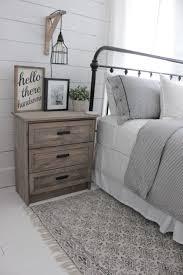 Rustic Master Bedroom Ideas by 18 Rustic Master Bedroom Decor Ideas The Crafting Nook By Titicrafty