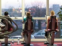 salle de sport corps nuds clubs fitness séance gratuite ici