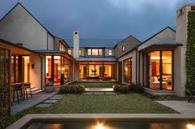 100 Modern Homes With Courtyards Extraordinary Home In Dallas Built Around A Central Courtyard
