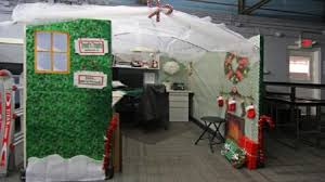 Christmas Door Decorating Contest Ideas by Stunning 70 Office Cubicle Christmas Decoration Decorating