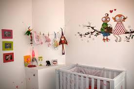 décoration mur chambre bébé déco murale chambre bébé