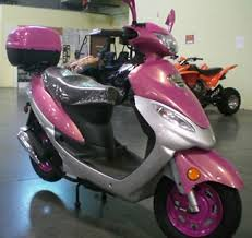 50cc Pink Moped Scooter With Trunk