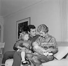Janet Leigh Tony Curtis Stock Photos U0026 Janet Leigh Tony Curtis by Kelly Curtis Stock Photos And Pictures Getty Images