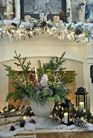 Primitive Decorating Ideas For Fireplace by Best 25 Christmas Mantel Decor Ideas On Pinterest Christmas