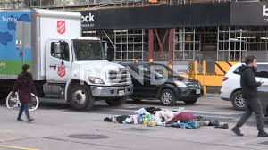Video: Salvation Army Truck Passes By Homeless Couple On Toronto ...