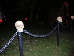 Halloween Cemetery Fence Ideas by Plastic Skulls Pvc Pipe Lights Chain Perfect Lighting