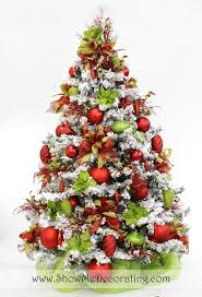 Whoville Christmas Tree by 38 Best Flocked Christmas Trees Images On Pinterest Christmas
