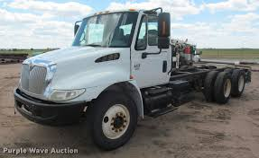 2004 International 4400 Truck Cab And Chassis | Item J2513 |... Intertional Cab Chassis Truck For Sale 10604 Kenworth Cab Chassis Trucks In Oklahoma For Sale Used 2018 Silverado 3500hd Chevrolet Used 2009 Freightliner M2106 In New Chevy Jumps Back Into Low Forward Commercial Ford Michigan On Peterbilt 365 Ms 6778 Intertional Covington Tn Med Heavy Trucks F550 Indianapolis