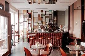 hübsche kleine bar mit wohnzimmer atmosphäre die rundbar