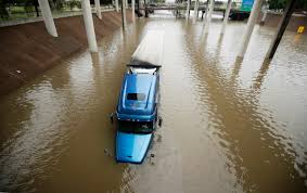 100 Worst Trucking Companies To Work For As Flooding Subsides Houstons Lifeline Rumbles
