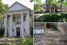 100 100 Abandoned Houses Inside The Crumbling 350million Mansions Left Abandoned On
