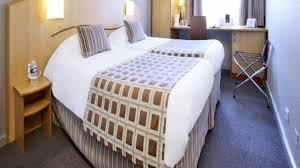 chambre montpellier hotel kyriad montpellier centre antigone hôtel 3 hrs étoiles