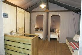 cabane chambre les cabanes robinson sur pilotis et cabane lodge le domaine des