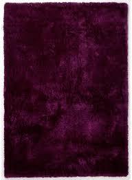 tapis aubergine pas cher tapis aux longues mèches douces et moelleuses shaggy