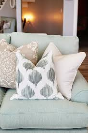 Oversized Throw Pillows Canada by Best 25 Throws For Sofas Ideas On Pinterest Decorative Throw
