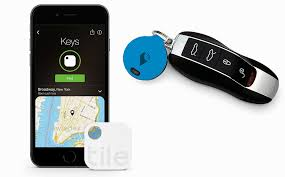 Tile Key Finder Uk by Products Two Tiny Trackers To Help Keep Your Keys In Check