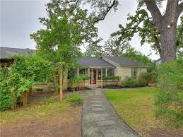 Pumpkin Patch Patterson Ny by Vintage Wilshire Wood Home With Quirky Guest House Asks 555k