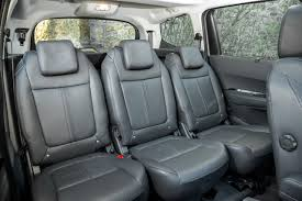 peut on mettre 3 siege auto dans une voiture quelle voiture familiale choisir guide et conseils