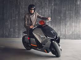 The Concept Link Has A Low Stretched Profile Giving It Much Different Silhouette From BMWs Existing C650 Scooters And Electric C Evolution Scooter
